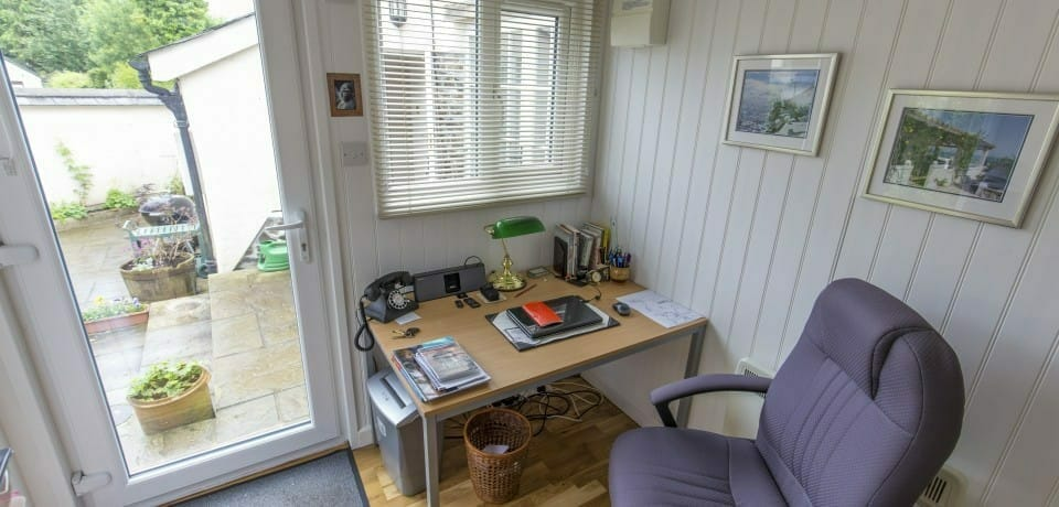 High quality garden office interior