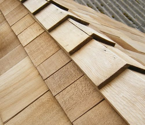Wooden shingle roof for sheds and garden buildings.