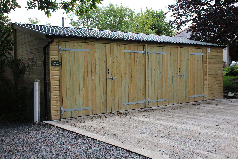 8m x 6m wooden garage with barn doors