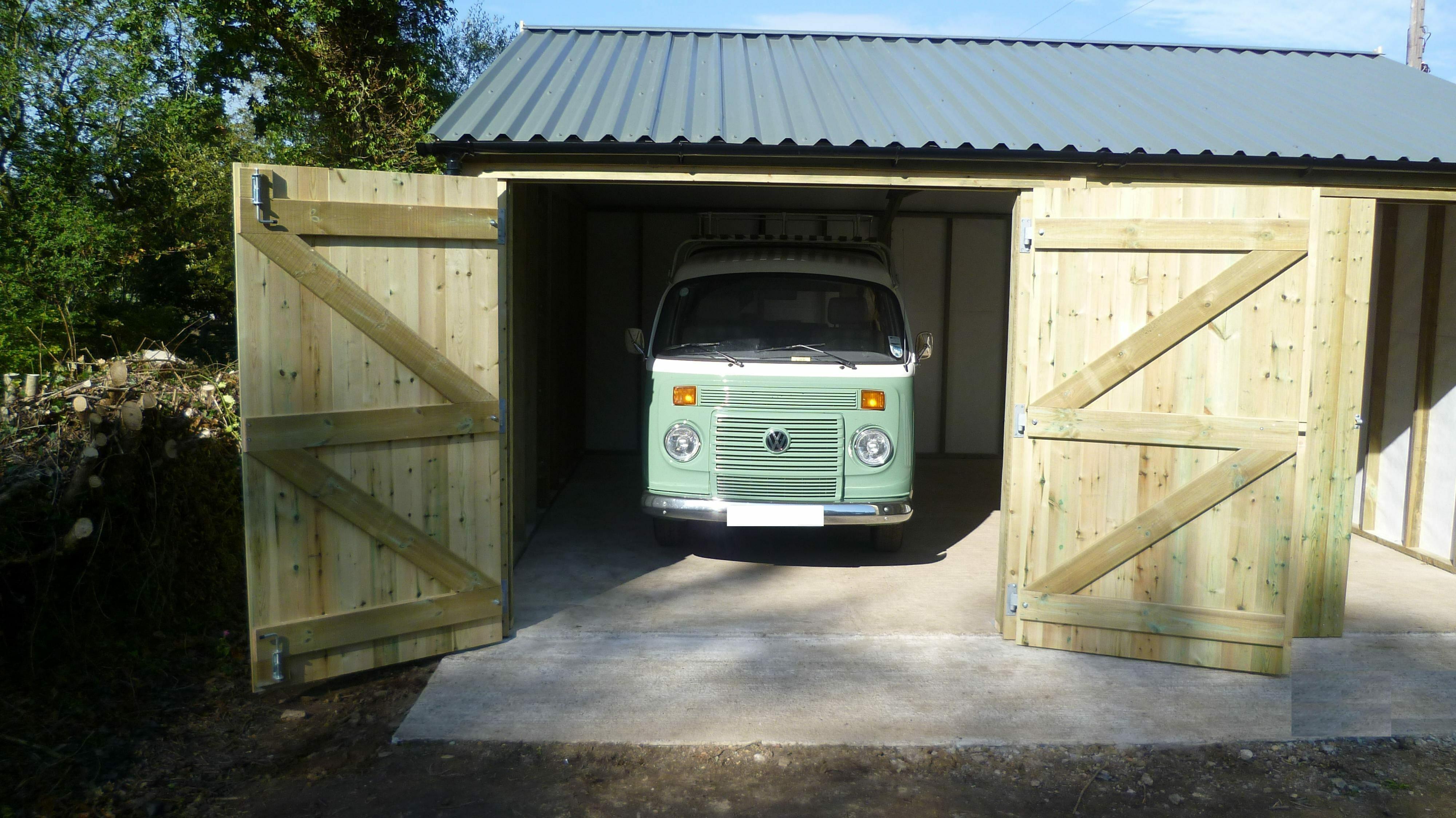 Extra height garage for camper van