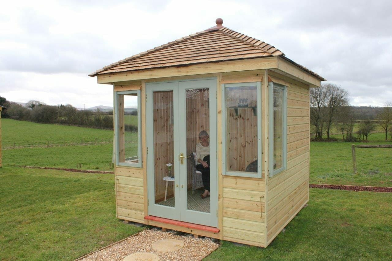 Small Sidmouth Summerhouse with pyramid roof