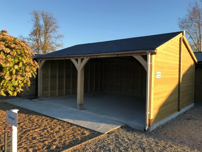 Oak fronted Carport
