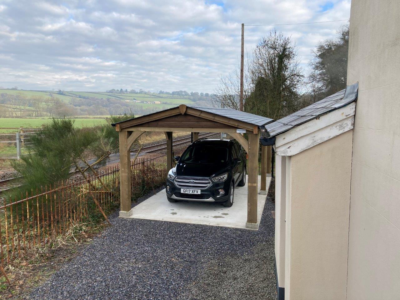 Open side carport